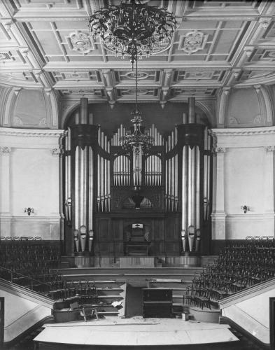 Town Hall Organ installation